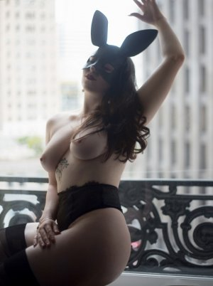 Laurentine escort girls in Covington WA