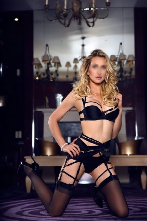 Apollina speed dating and escort